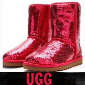 ❤️UGG ALL OVER RED SEQUINED BOOTS❤️
